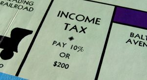 filing taxes image